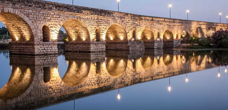 From bridges to cities: breathtaking Roman ruins around the world