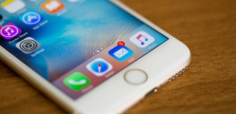 This iPhone Trick Will Make Your Inbox a Lot Less Stressful