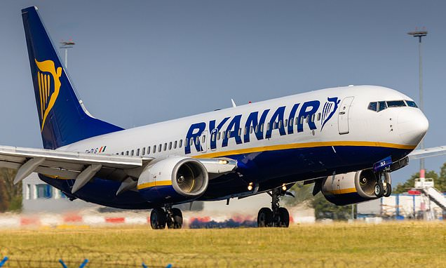Lastminute.com and Ryanair are among worst for refunds – major survey