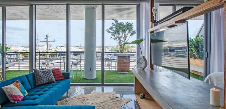 The 10 Best Airbnbs in Miami From South Beach to Wynwood