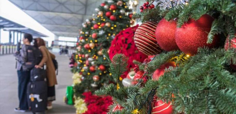 9 of the best holiday movies filmed at airports