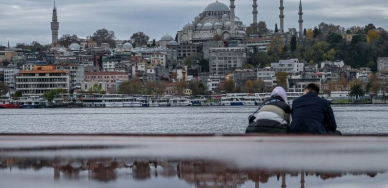 Turkey lockdown means locals must stay home while tourists can explore