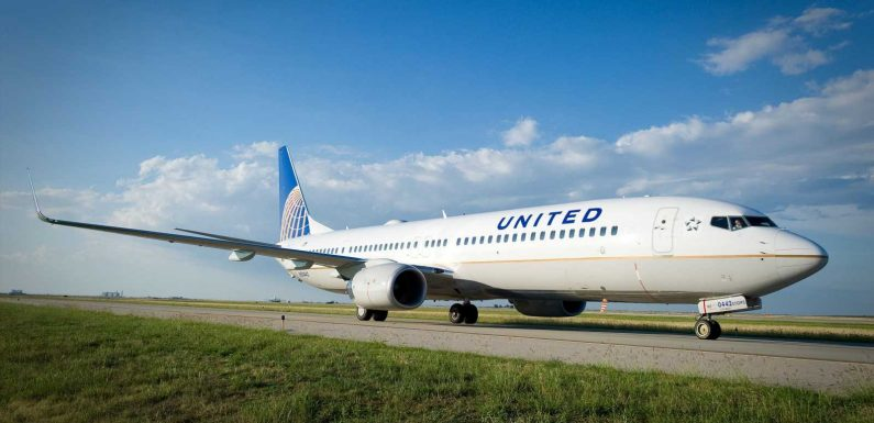 United passenger on flight from Orlando to Los Angeles died of respiratory failure, COVID-19: Coroner