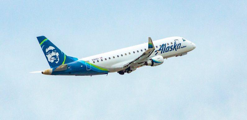 Airline bans 14 'rowdy' passengers after Washington flight