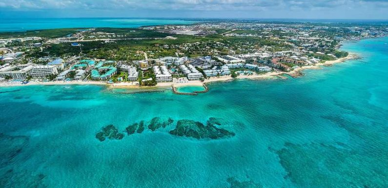 American Teenager Jailed for Quarantine Breach in Cayman Islands Returns Home