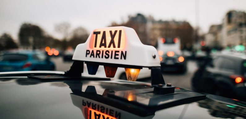 Paris taxi driver charges tourists €230 for 40-minute cab ride