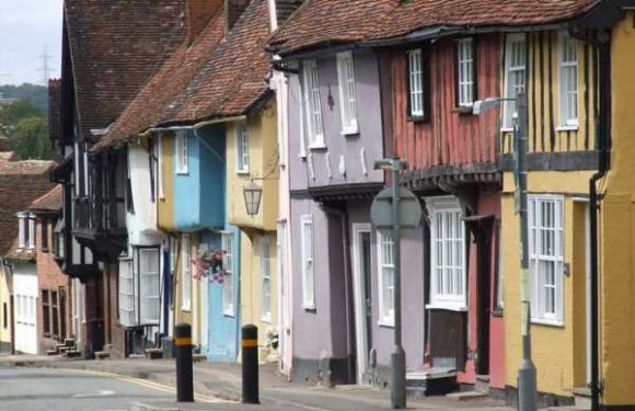 Why my historic, picturesque home town still rubs me up the wrong way #hometowns