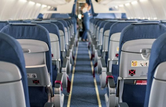 Why you should always pick this plane seat