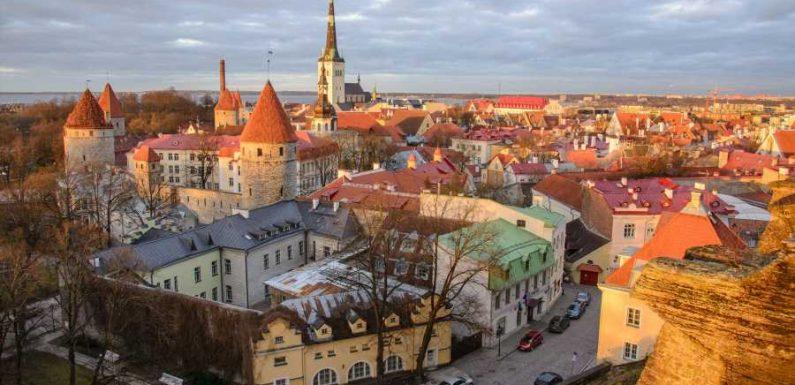 Estonia Lifts Quarantine for Vaccinated Travelers