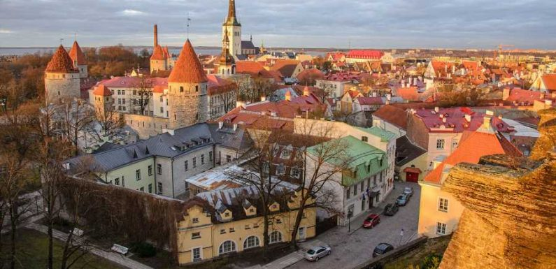 Estonia Lifts Quarantine for Vaccinated Travelers