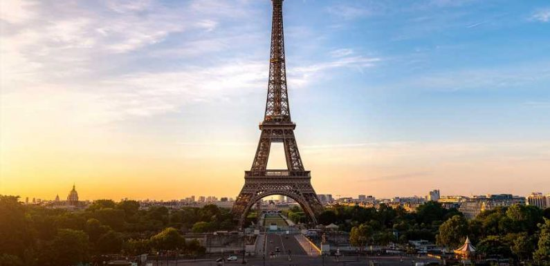 Paris Is Already Prepping for the 2024 Olympics by Painting the Eiffel Tower Gold