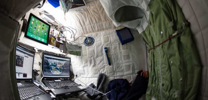 What It's Really Like to Sleep in Space, According to a Former Astronaut Who Spent 520 Nights Doing It