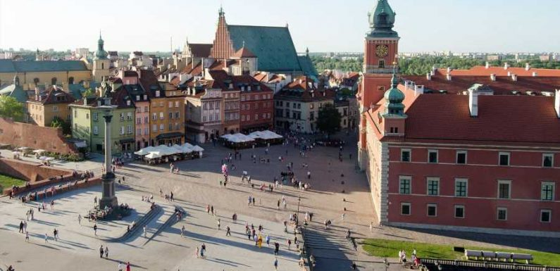 Poland Lifts Quarantine Requirement for Fully Vaccinated Travelers From Select Countries