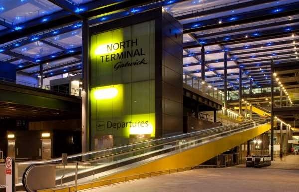 Gatwick imposes drop-off charges as Heathrow pleads for restart of international travel