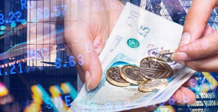 Pound euro exchange rate clings to 1.16 mark ahead of 'busy' week – travel money advice