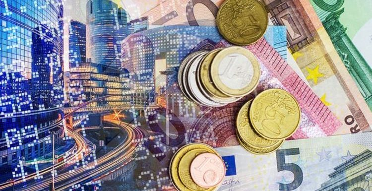 Pound to euro exchange rate 'subdued' – should you buy travel money for holidays?