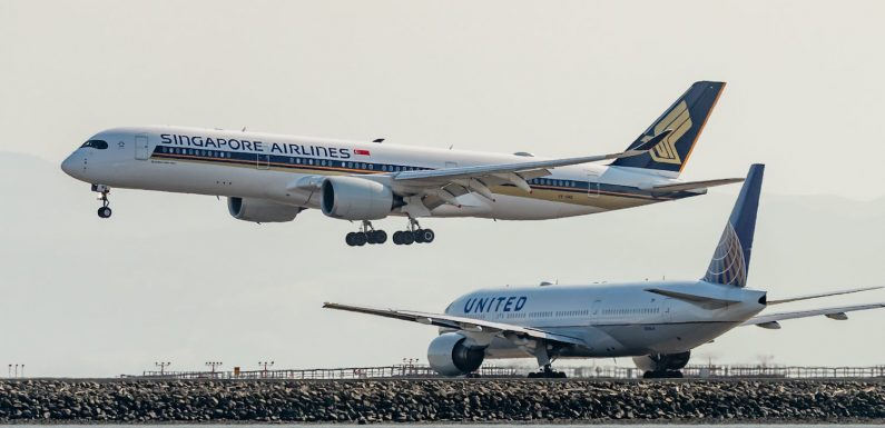 Why I booked a hotel near SFO — just to watch the planes take off