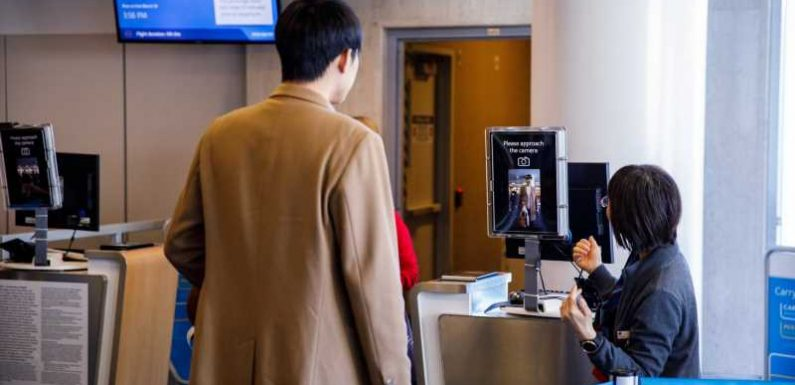 Which airline credit cards offer the best priority boarding perks?