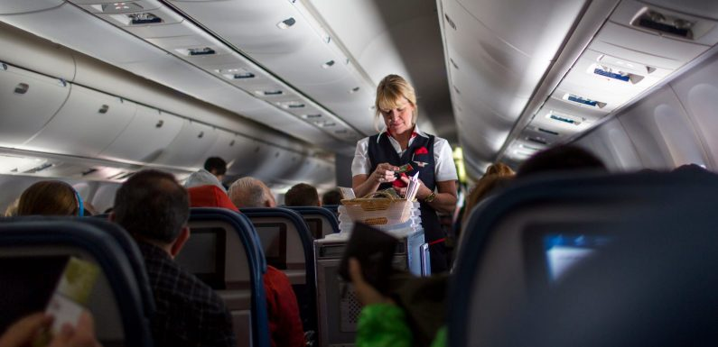 Delta, the last major US airline blocking middle seats, says it will stop doing so on May 1