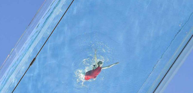 This Clear-bottomed Pool Hangs Between 2 Buildings in London