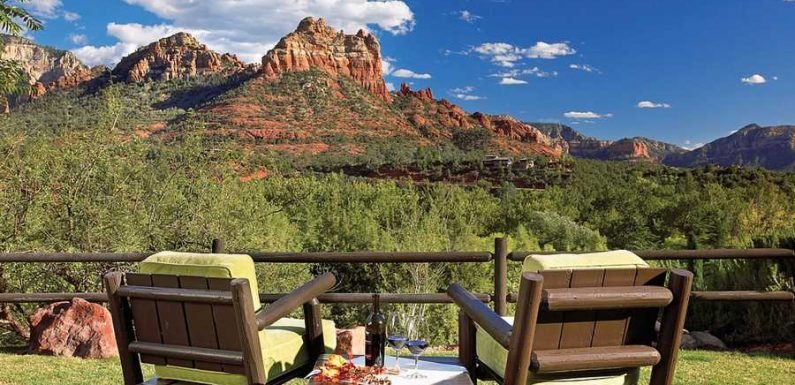 This Luxury Resort in Sedona Is Hosting a 'Zodiac Zen Weekend' With One-on-one Astrology Readings
