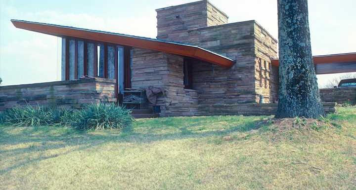 6 Private Frank Lloyd Wright Buildings Are Opening to the Public for Virtual Tours This Weekend