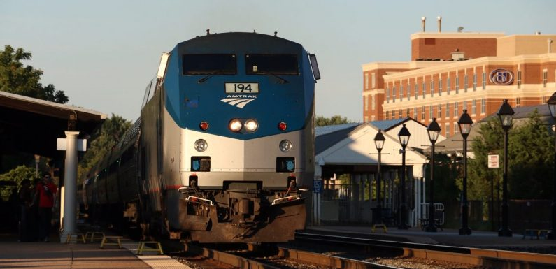 Amtrak restores long-distance service on routes following COVID cutbacks