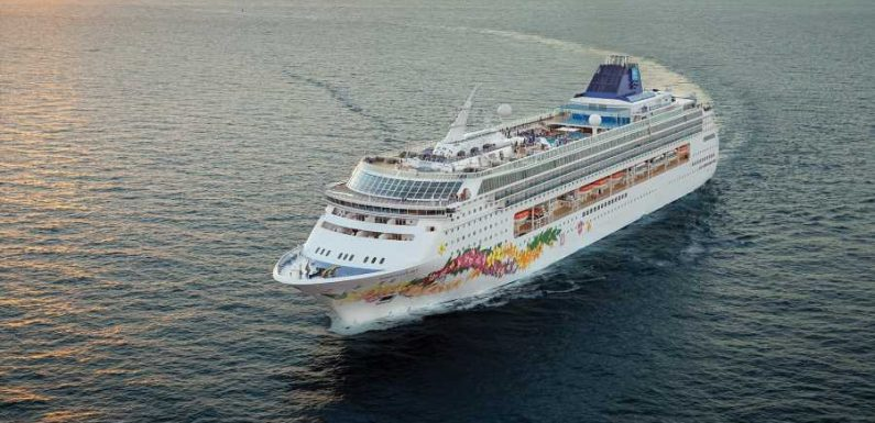 CDC Loosens Mask Requirements, Shore Excursion Rules for Vaccinated Cruise Passengers