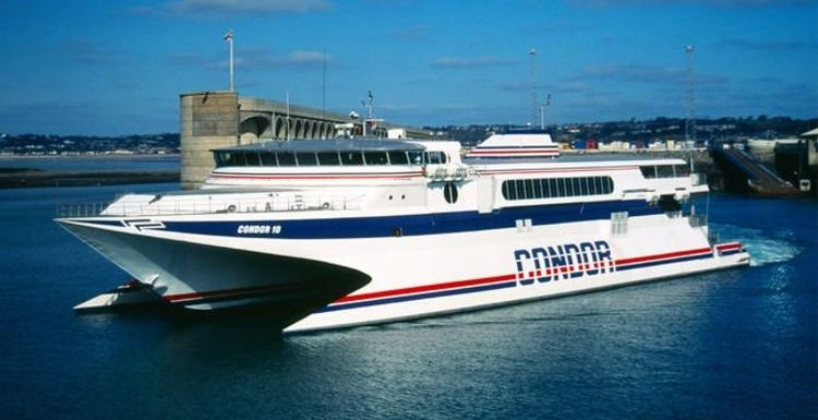 Ferries blocked between Jersey and Guernsey amid fishing row