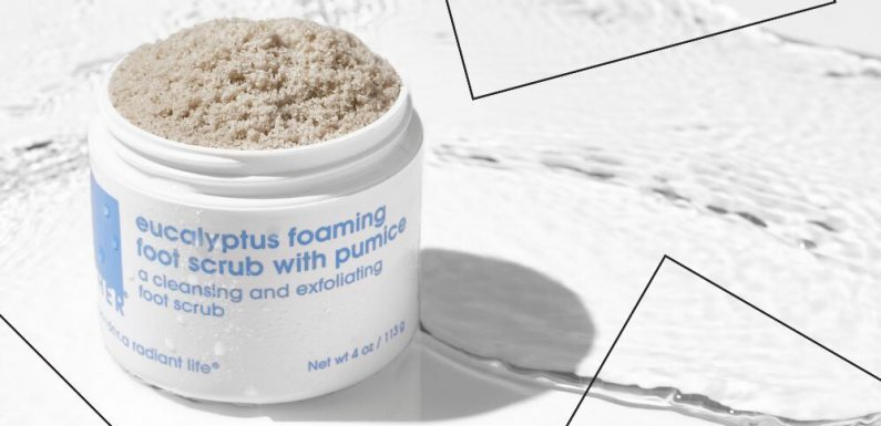 Get Ready for Sandal Season With This Callus-smoothing Foot Scrub