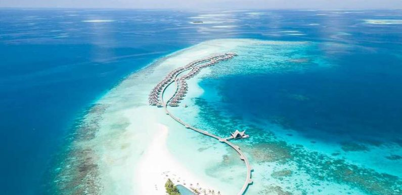 How the Maldives Transformed From a Fishing Archipelago to a Tropical Hot Spot in 50 Years