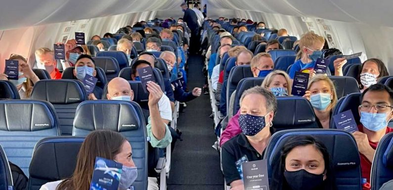 United celebrates MileagePlus with special 737 MAX flight, suggests more elite promotions to come