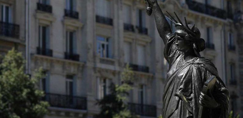 A Mini Replica of the Statue of Liberty Is on Its Way From France to Washington D.C.