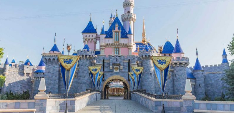 Disneyland California Just Announced that Vaccinated Guests No Longer Need Masks