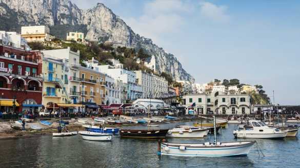 Erotic Screaming Parties, COVID Swabs with Condoms—Capri is Ready to Cater to Every Need of the Super-Wealthy