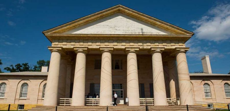 Former Home of Confederate General Robert E. Lee Undergoes Meaningful Renovation to Highlight Lives of Slaves Who Worked There