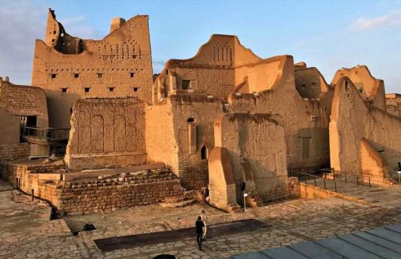 Saudi Arabia strives for a starring role on the world's luxe tourism stage