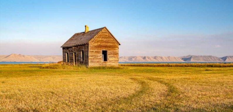 Skip the National Parks. Visit the Caribbean Waters of Utah Instead