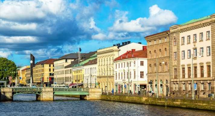 Sweden set to welcome back American travelers this month, but the CDC advises against it
