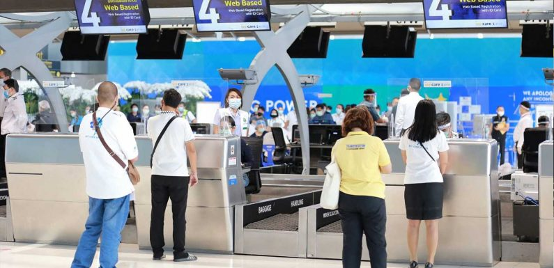 Thailand sets mid-October to reopen to visitors with COVID vaccines