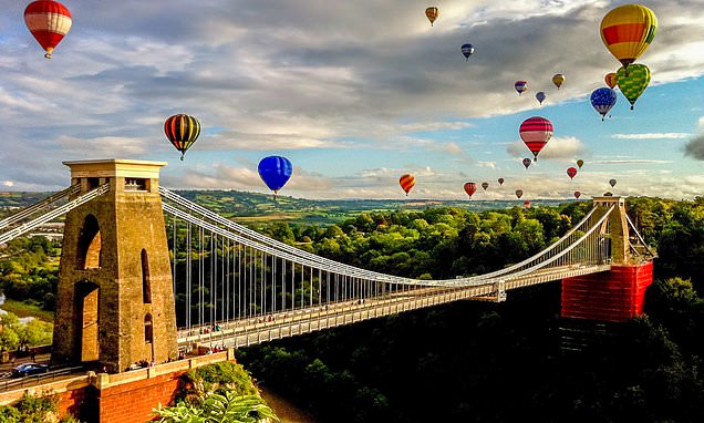 The top places in the UK to take to the skies in a hot air balloon