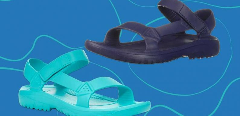 These $40 Water Sandals Are a Must-have for Outdoor Adventures