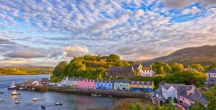Visit the UK's most spectacular isle-based hotels