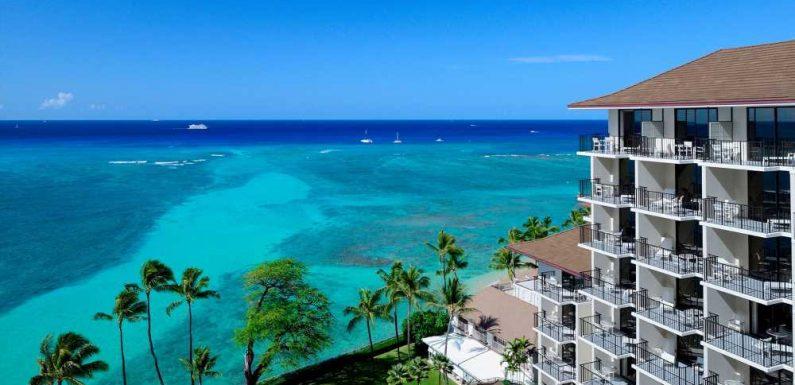 Waikiki's Halekulani Hotel sets a reopening date