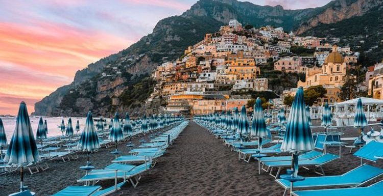 Green list holiday: 'At least 10 countries to be added' predicts expert – including Italy