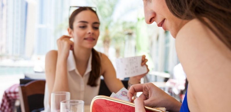 Guide to calculating restaurant tips worldwide – including 5-10 per cent in EU