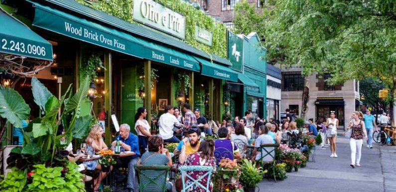 New York's Outdoor Dining Plan Extended for Another Year