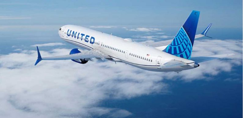 United chasing premium market with large aircraft order