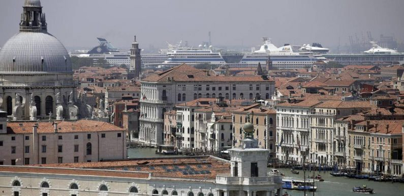 Venice bans cruise ships six weeks after return, UNESCO classification threat