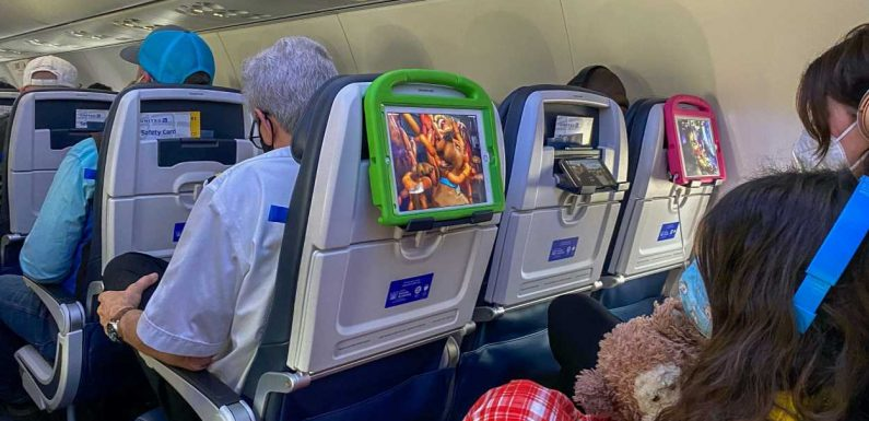 What to know about airline mask rules when flying with children as travel spikes across the US